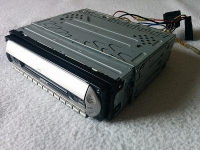 Sony CDX-R3300 Radio / Cd / Mp3 / Equalizzatore