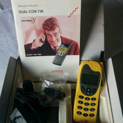 Cellulare Bosch Dual-Com 738 Multiband