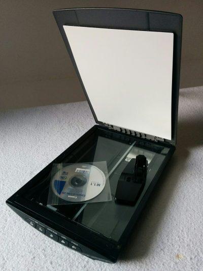 CanoScan LiDE 210 4800 x 4800 dpi