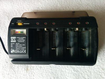 Carica / Scarica Batterie Universale - Matsuyama HB100