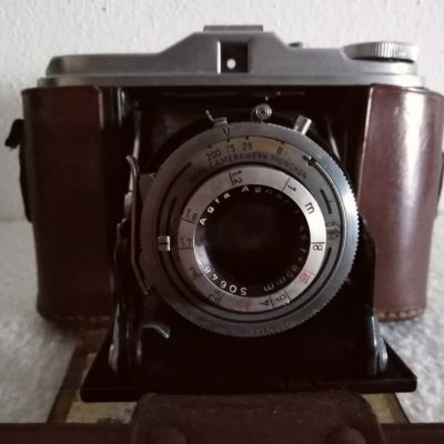 Agfa - Isolette V con custodia in pelle