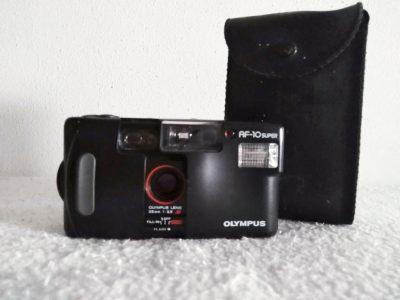 Olympus - Fotocamera AF 10 Super con custodia